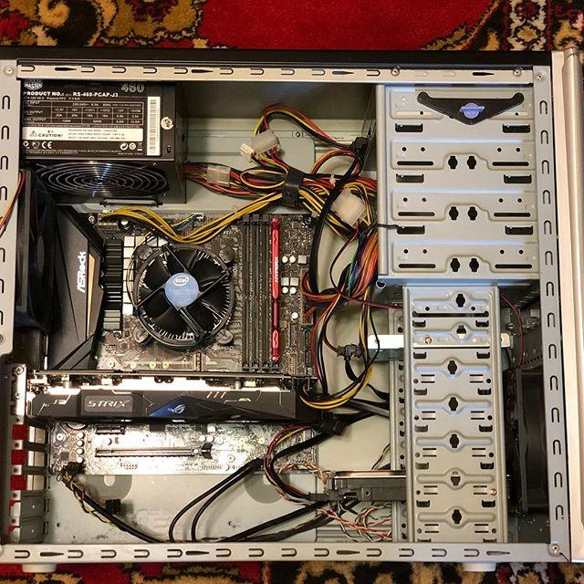 Сборка компьютера на заказ Результат: неплохая машинка за вменяемые деньги :) клиент доволен и сразу начал ставить